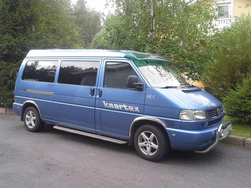 Pikkubussi, Volkswagen Transporter, 1+9 paikkainen - Kaartax